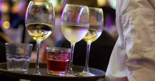 Bar, Kneipe, Gastronomie, Getränke, Alkohol, Wein, Cocktail, © Pixabay (Symbolbild)