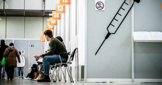 Impfzentrum, Impfung, Coronavirus, Covid-19, © Michael Kappeler - dpa (Symbolbild)