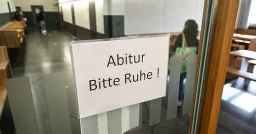 Abitur, Abi, Abschlussprüfungen, Schule, Gymnasium, © Felix Kästle - dpa