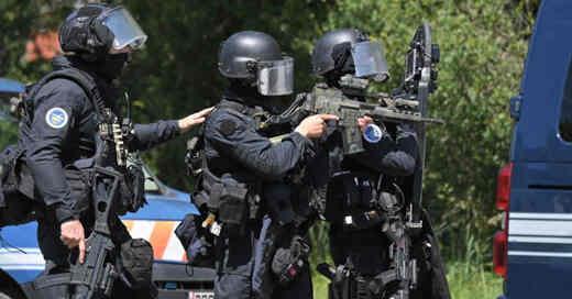 Frankreich, Gendarmerie, Polizei, Spezialeinheit, GIGN, Sturmgewehr, Dienstwaffe, Anti-Terror-Einheit, © Loic Venance - AFP / dpa (Archivbild)