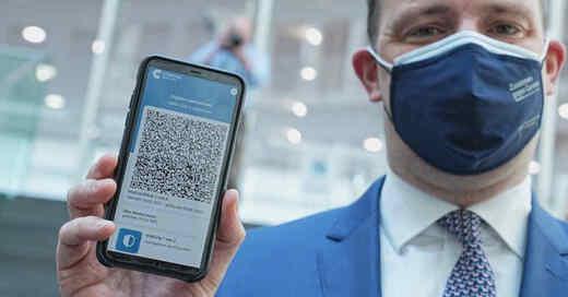 Digitaler Impfnachweis, Impfpass, CovPass, QR-Code, Bundesgesundheitsminister, Jens Spahn, © Michael Kappeler - dpa