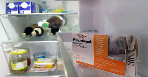 Medikamente, Arzneimittel, Paracetamol, Fieberzäpfchen, Kühlschrank, Ratiopharm, © baden.fm