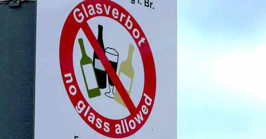 Glasverbot, Glasflaschen, Scherben, Platz der Alten Synagoge, Freiburg, Innenstadt, Verbot, © baden.fm