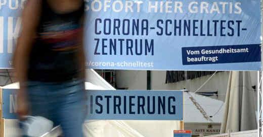 Coronavirus, Pandemie, Schnelltest, Testzentrum, © Bernd Weißbrod - dpa (Symbolbild)