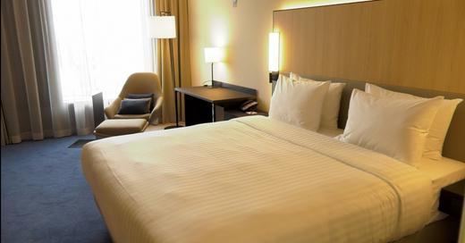 Hotelzimmer, Courtyard by Marriott, Hotel, Zimmer, Doppelzimmer, Übernachtung, Tourismus, © baden.fm (Archivbild)