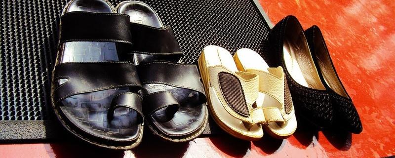 Schuhe, Fußmatte, Fußabtreter, © Pixabay