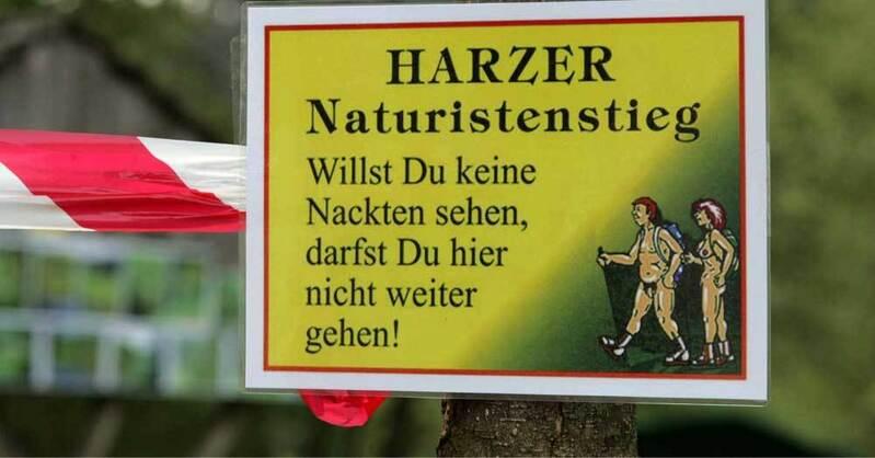 Nacktwandern, Naturisten, Wanderung, © Matthias Bein - dpa (Symbolbild)