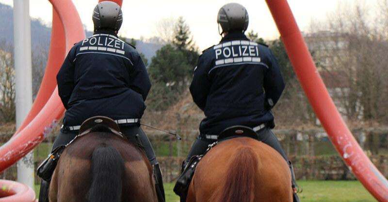 Reiterstaffel, Polizei, Pferde, berittene Polizisten, © PP Freiburg