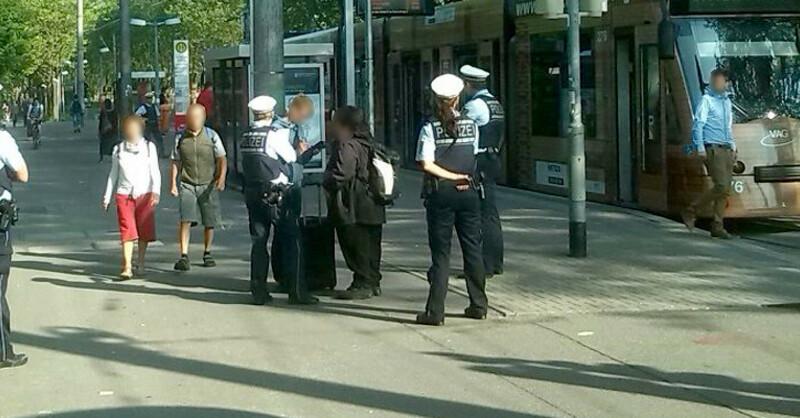 Polizei, Kontrolle, Straßenbahn, Freiburg, © baden.fm-Hörerfoto
