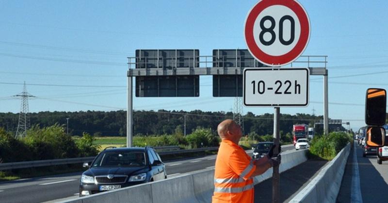 Blow-Up, Hitze, Tempolimit, Autobahn, © Rene Priebe - dpa