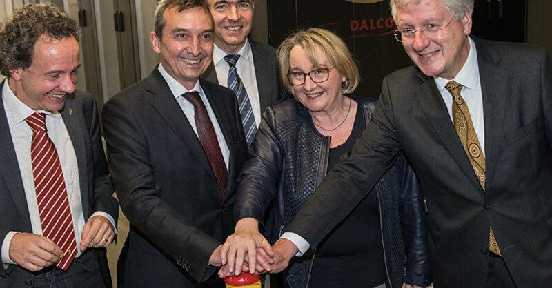 Albert-Ludwigs-Universität Freiburg, Hans-Jochen-Schiewer, Supercomputer, Theresia Bauer