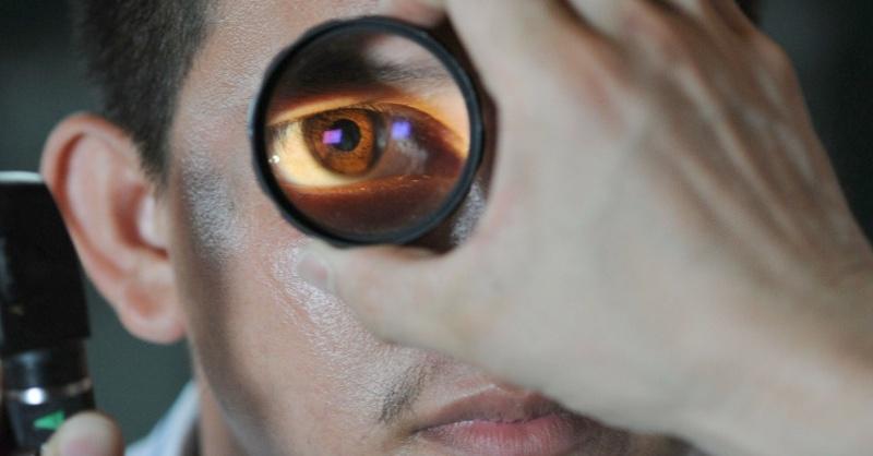Augenarzt, Untersuchung, Auge, © Pixabay