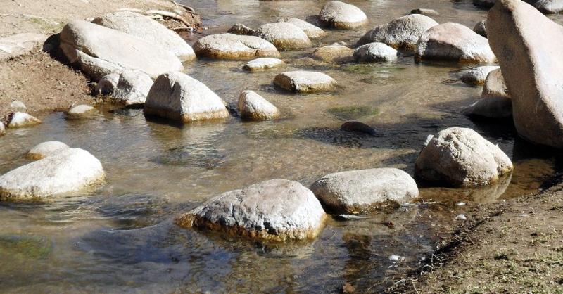 Niedrigwasser, Flussbett, Trockenheit, © Pixabay