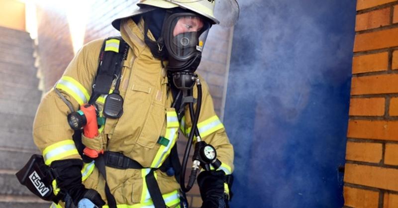 Feuerwehr, Rauch, Brand, © Uwe Anspach - dpa