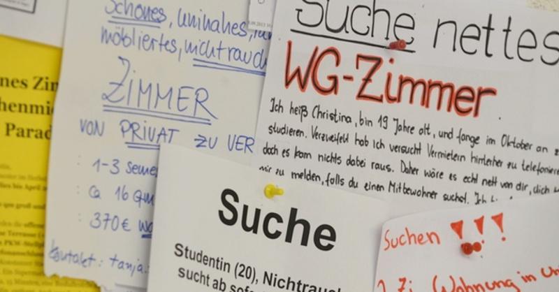 WG, Studenten, Schwarzes Brett, © Felix Kästle - dpa