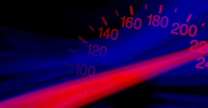 Raser, Geschwindigkeit, Tacho, © Pixabay