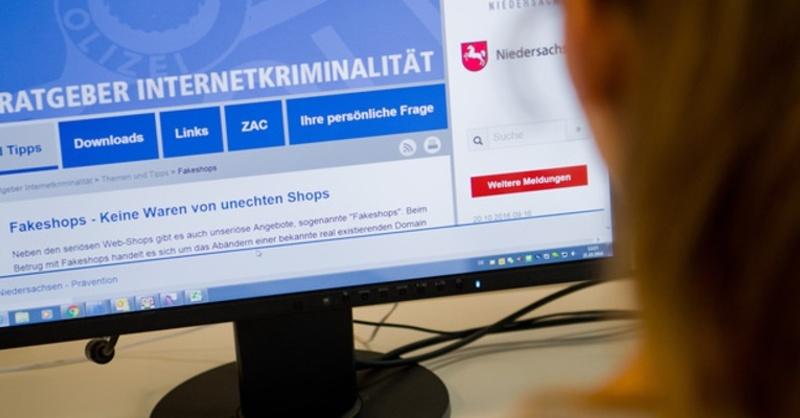 Internet, Kriminalität, Betrug, © Julian Stratenschulte - dpa
