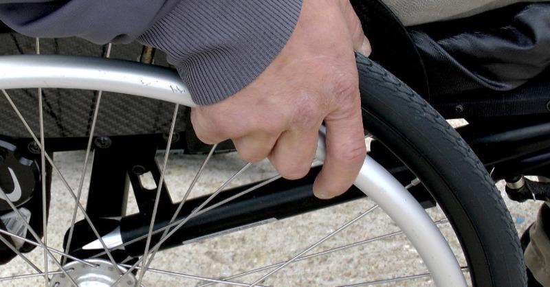 Rollstuhl, Behinderung, Handicap, © Pixabay