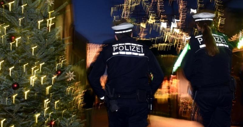 Freiburg, Weihnachtsmarkt, Polizei, Streife, © Patrick Seeger - dpa
