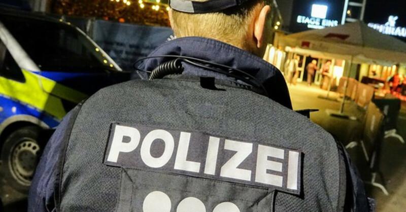 Polizei, Großeinsatz, Disko, © Lukas Habura - dpa
