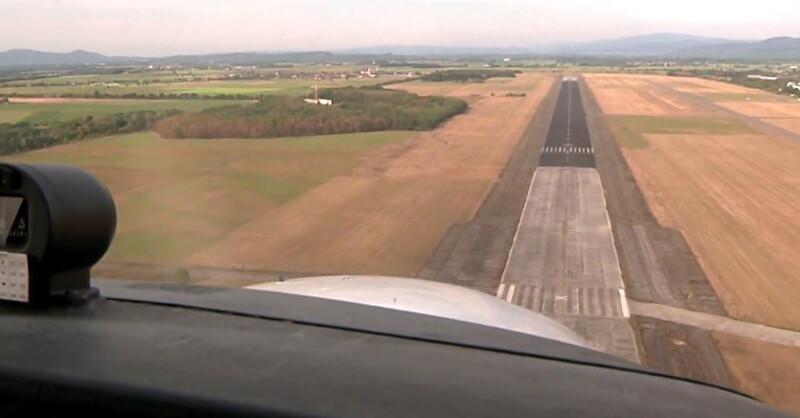 Flugplatz Bremgarten, Landebahn, Flugzeug, © baden.fm
