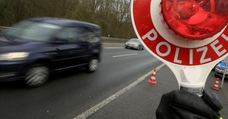 Verkehr, Polizei, Kontrolle, © Oliver Berg - dpa