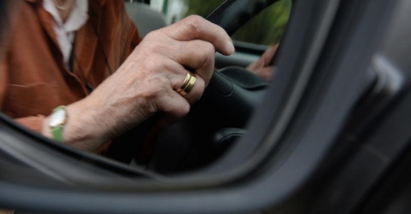 Führerschein, Rentner, Senior, © dpa