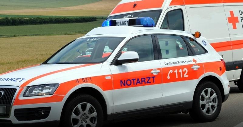 Notarzt, Rettungswagen, Krankenwagen, © Pixabay (Symbolbild)