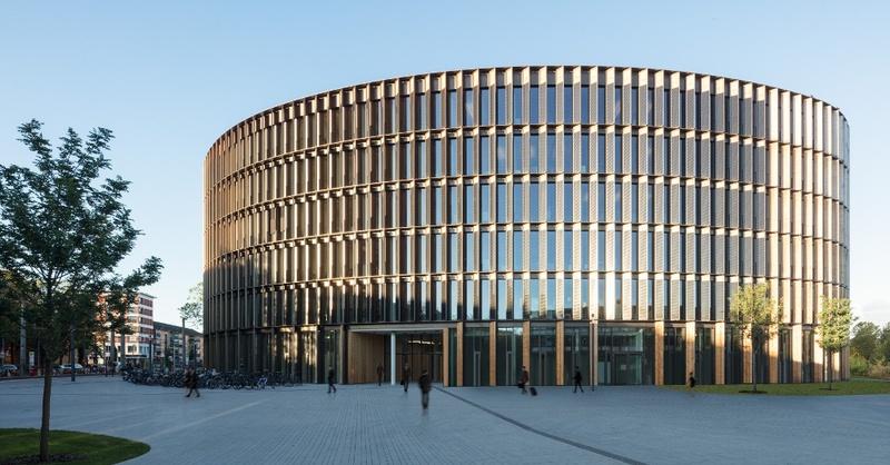 © ingenhoven architects H.G. Esch