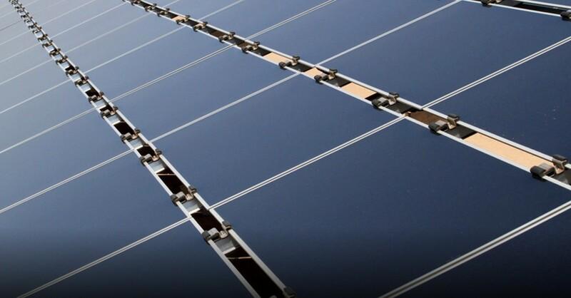 Solarzellen, Photovoltaik, erneuerbare Energie, © Susan Montonya Bryan - AP / dpa (Symbolbild)