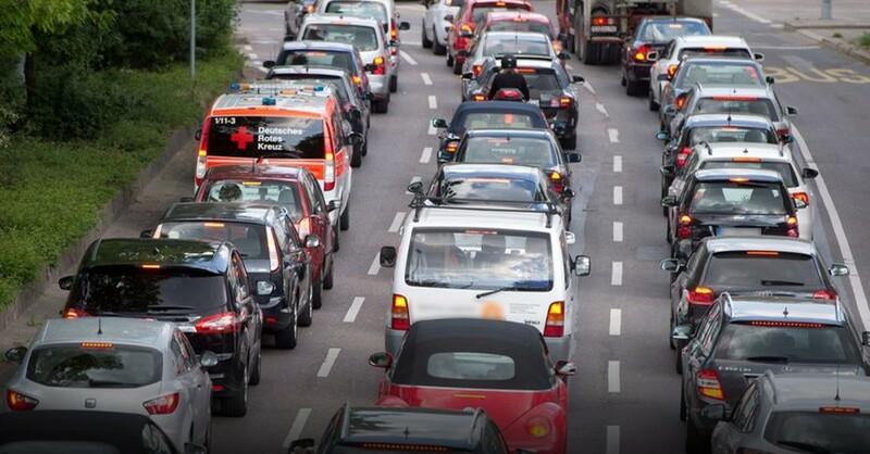 Stau, Verkehr, Autobahn, © Sebastian Kahnert - dpa (Symbolbild)