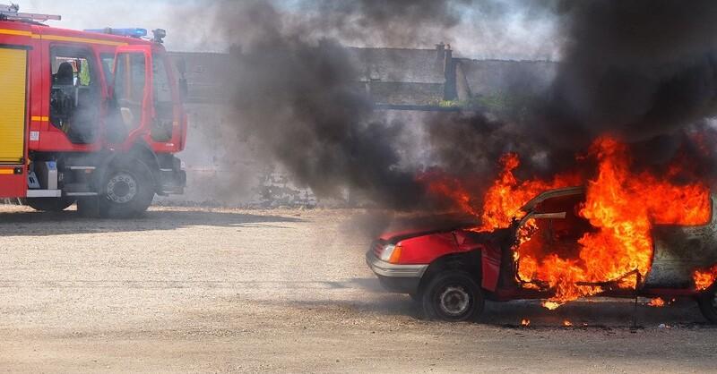 Feuerwehr, Fahrzeugbrand, © Pixabay (Symbolbild)