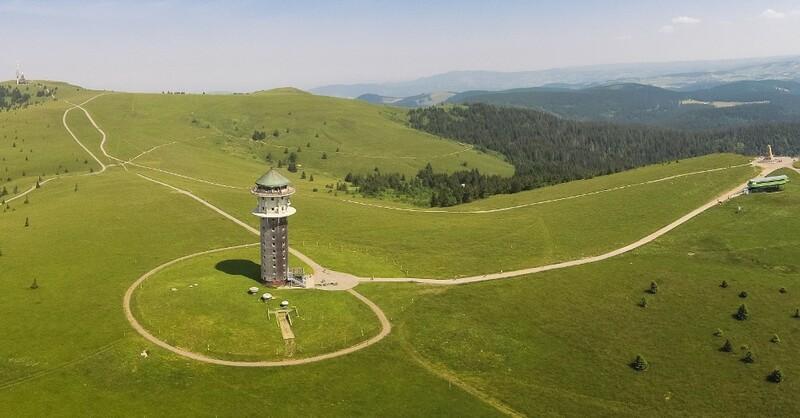 Feldberg, Gipfel, Sommer, Turm, © Hochschwarzwald Tourismus GmbH
