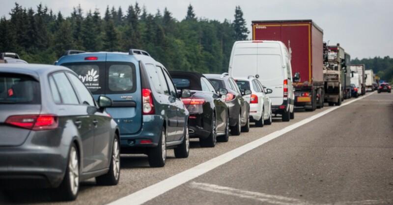 Verkehr, Stau, Autos, © Christoph Schmidt - dpa (Symbolbild)