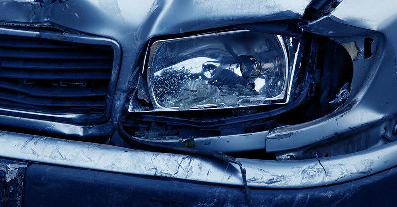 Verkehrsunfall, Auto, Scheinwerfer, © Pixabay (Symbolbild)