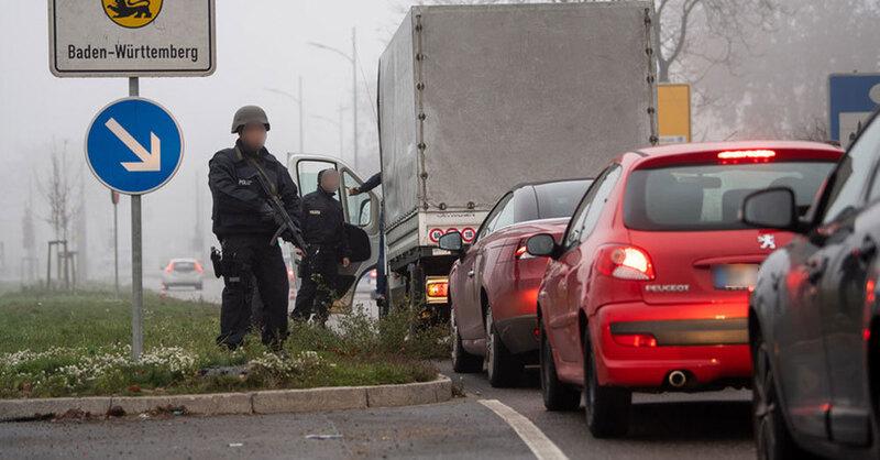 Grenzkontrolle, Kehl, Straßburg, Terror, Polizei, © Sebastian Gollnow - dpa