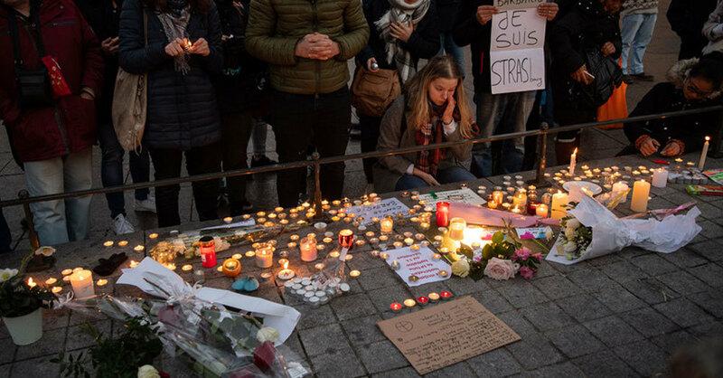 Kerzen, Trauer, Straßburg, Terroranschlag, © Sebastian Gollnow - dpa