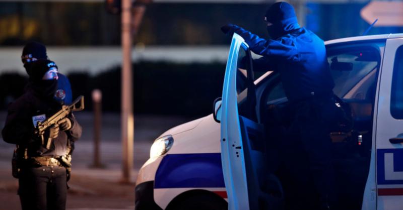 Polizei, Frankreich, Terroranschlag, © Christophe Ena - AP / dpa