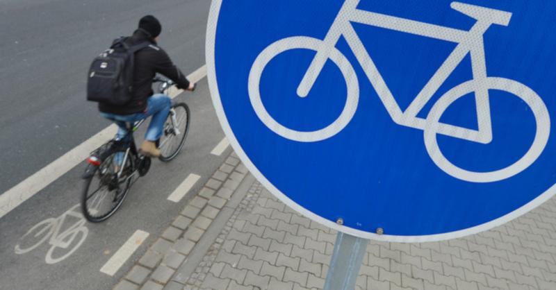 Fahrrad, Radfahrer, Radweg, © Arne Dedert - dpa (Symbolbild)