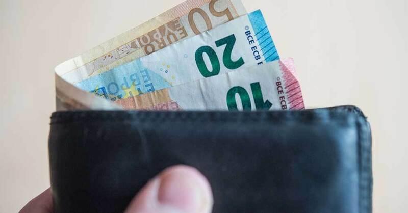 Bargeld, Geldbeutel, Euro, Scheine, © Lino Mirgeler - dpa (Symbolbild)