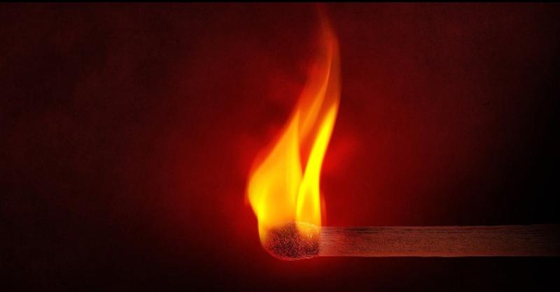 Streichholz, Flamme, Feuer, © Pixabay