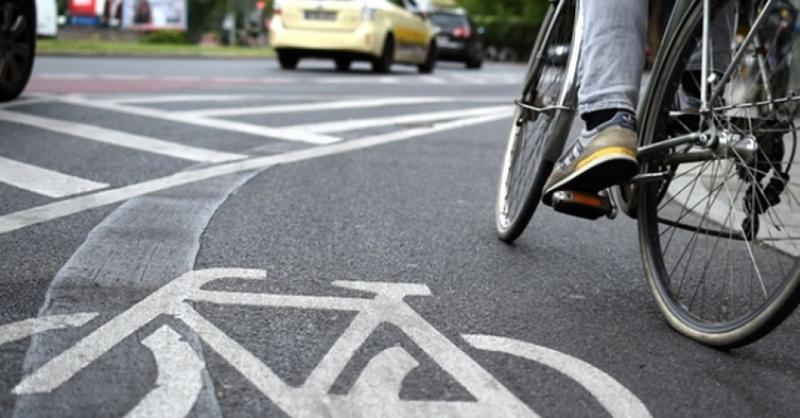 Fahrrad, Radler, Radweg, © Britta Pedersen - dpa
