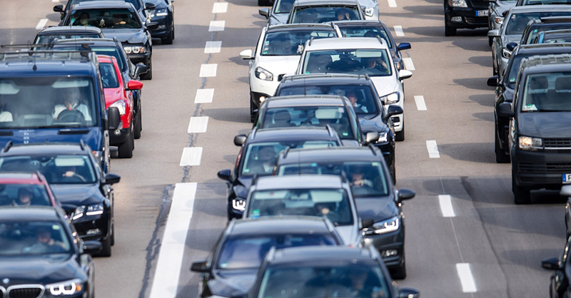 Stau, A5, Autobahn, Verkehr, © Sina Schuldt - dpa (Symbolbild)