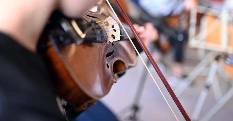 Geige, Violine, Musikschule, Unterricht, © Uli Deck - dpa (Symbolbild)