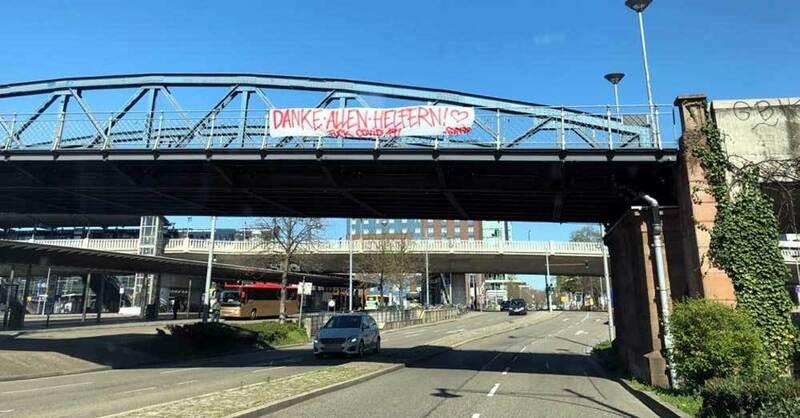 Wiwilibrücke, Blaue Brücke, Corona, Banner, © baden.fm