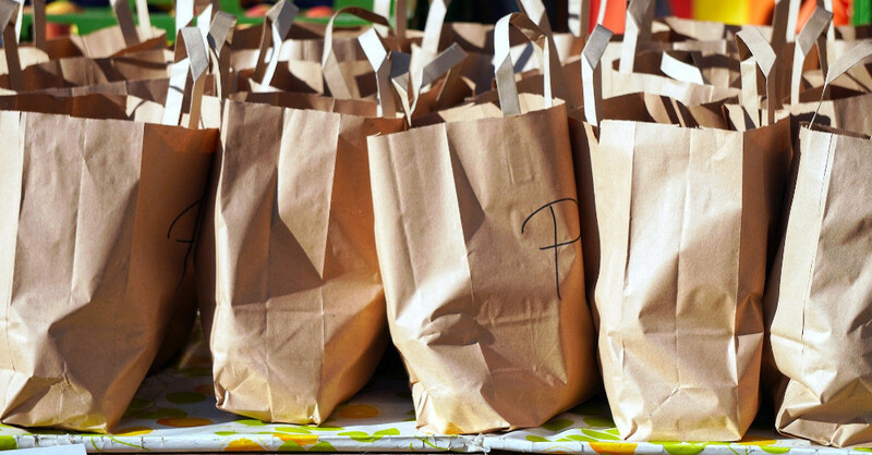 Einkaufen, Papiertüten, Einkaufstüten, Shopping, Einzelhandel, © Pixabay (Symbolbild)