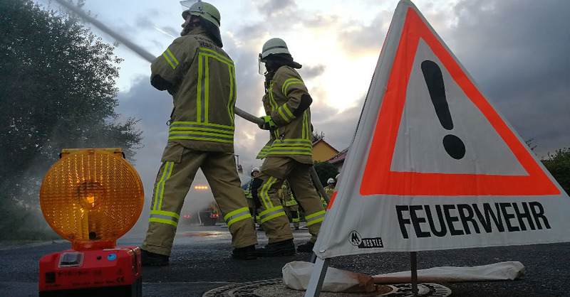 Feuerwehr, Löscharbeiten, Einsatz, Brand, © Pixabay (Symbolbild)
