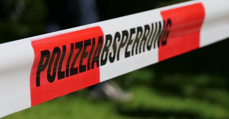 Polizeiabsperrung, Absperrband, Tatort, Verbrechen, © Pixabay (Symbolbild)