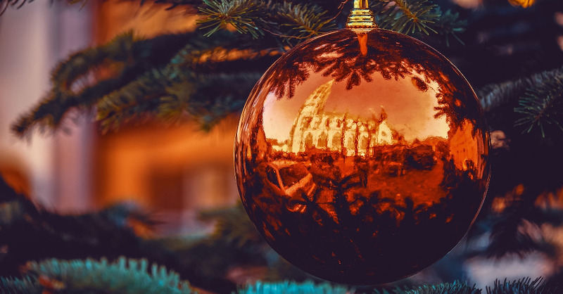 Freiburg, Adventszeit, Christbaumkugel, Weihnachtsbaum, © Pixabay (Symbolbild)