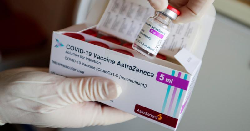 Coronavirus, Corona, Impfung, Impfstoff, Vakzin, AstraZeneca, © Hannibal Hanschke - Reuters / Pool / dpa